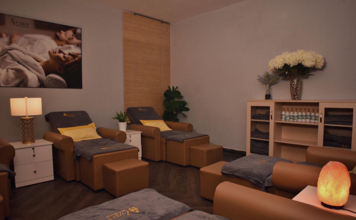 7 Days Spa & Massage
