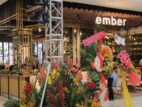 日本で数十店舗経営するDinelikeグループの「ember」