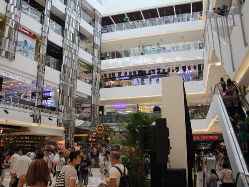 Saigon Centreのエントランスホール