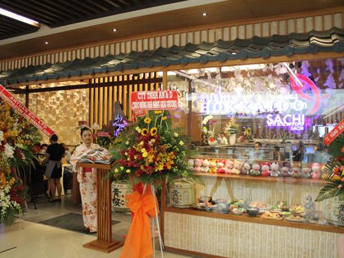 ベトナムで有名で人気な「SUSHI HOKKAIDO SACHI」