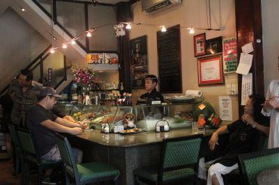 名物日本人店主がいる老舗日本料理店「K−Cafe」