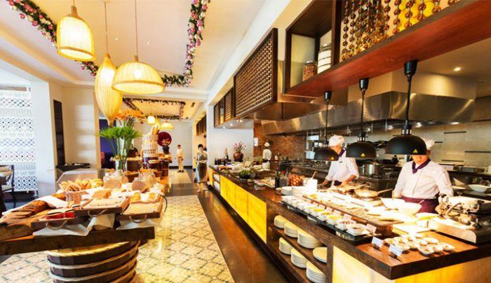 ベトナム料理もインド料理も味わえる!【サリンダフーコックリゾート】