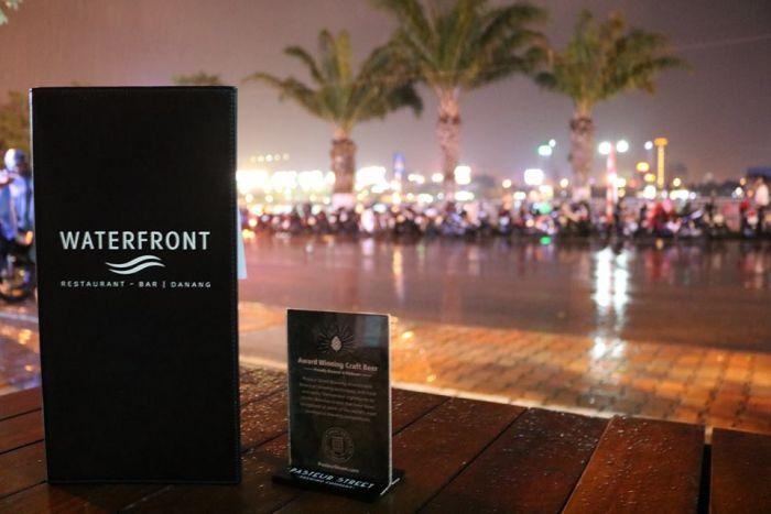 ベトナムNo1リゾート地ダナンで最高の夜を!必見週末ライブ2選【Waterfront】
