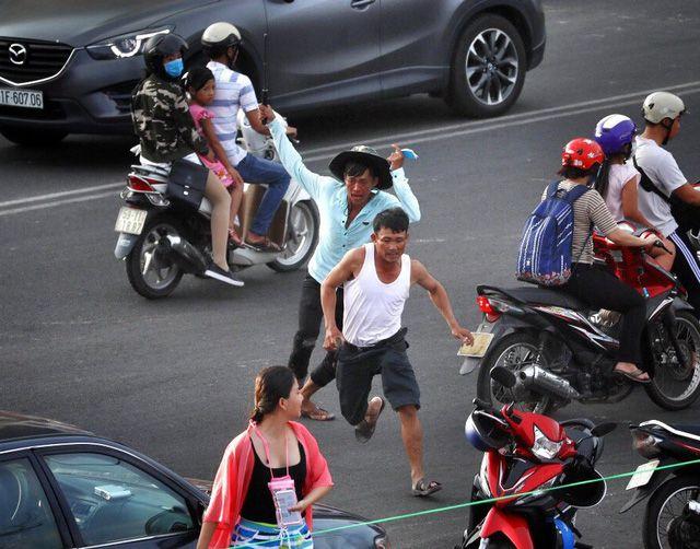 ベトナム南部、駐車場の係員が観光客を襲撃か,ベトナム南部, 観光客襲撃, ビーチ,