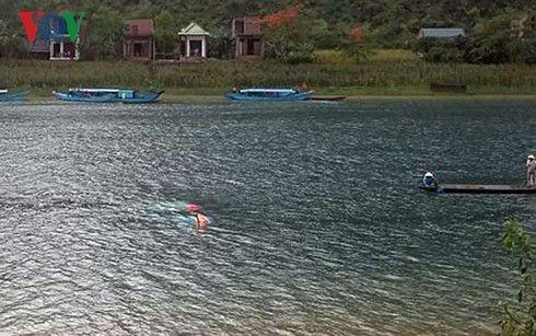 クアンビン省で竜巻発生、ツアーボート沈没し女性1人死亡