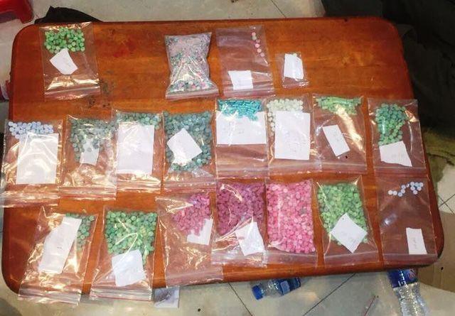 ホーチミン市警察、薬物を製造・販売の疑いで男を逮捕