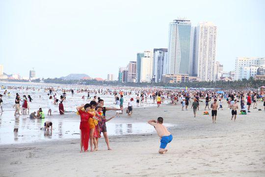 ダナンのビーチで発疹相次ぐ,ベトナム, ダナン, ビーチ, 発疹