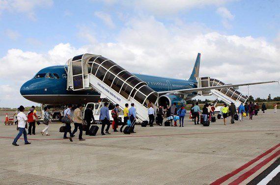 燃料価格上昇で、航空券も値上げか