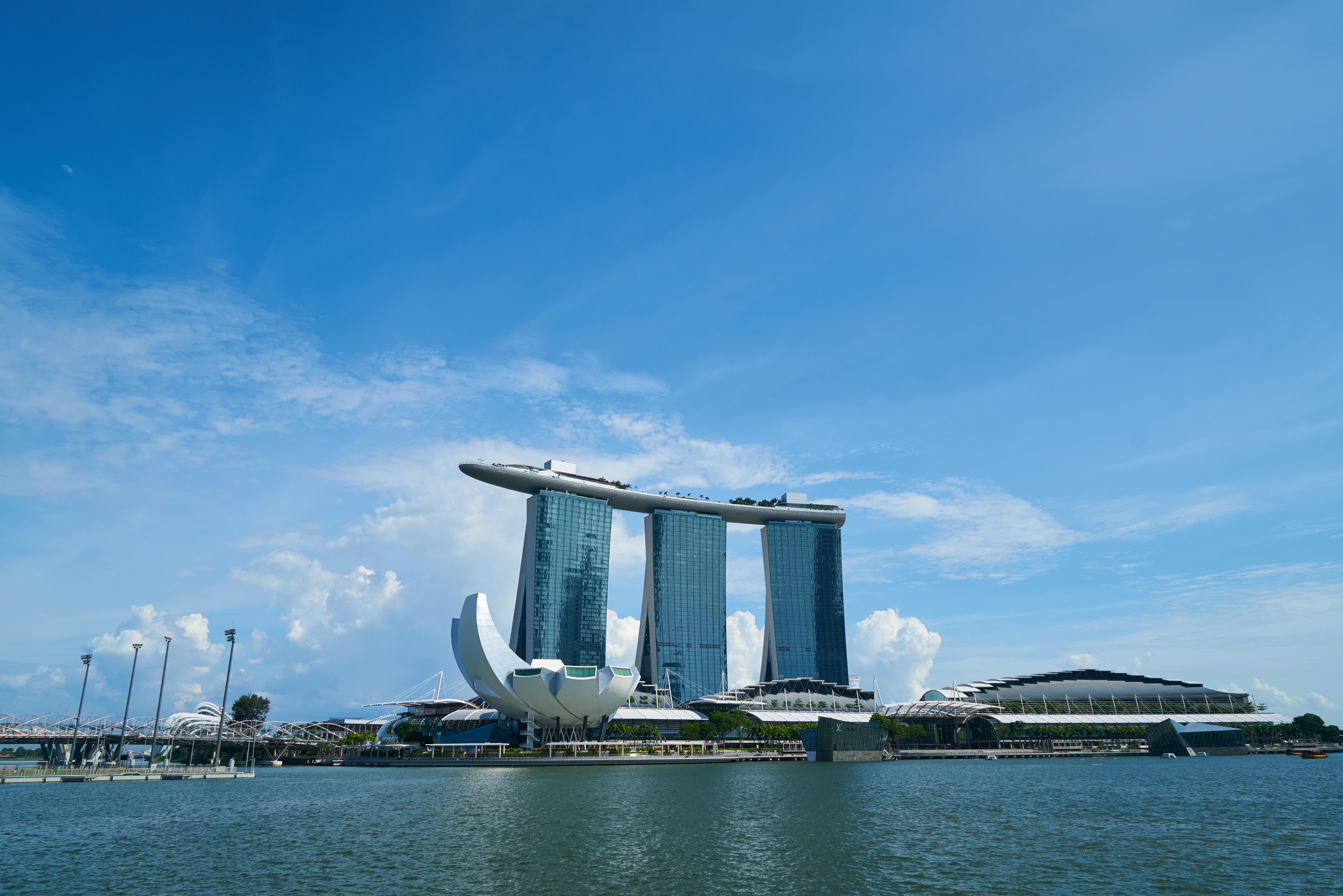 近代都市を駆け巡る! シンガポールマラソンツアー 2泊3日 or 1泊2日【旅工房ベトナム】