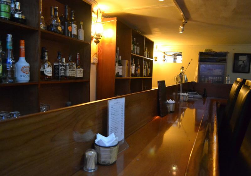 祝Bar Classic5周年! クリスマス記念イベント、シャンパン半額【Bar Classic】