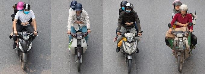 上空からバイクを撮影した写真