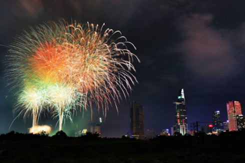 ホーチミン、南部解放記念日に花火の打ち上げへ,ホーチミン,解放記念日,花火,お祭り