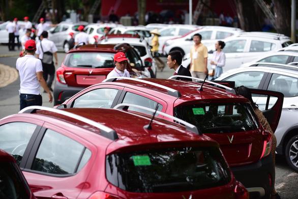 ベトナム初の国産自動車、Fadilの納車開始,ビンファスト,車,国産