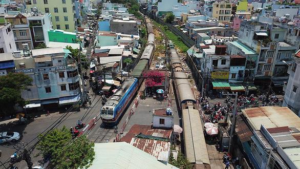 ベトナム南北高速鉄道、予算削減で運行速度引き下げか,公共事業,電車,新幹線,特急,遅れ
